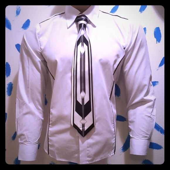 VSKA Other - New VSKA Shirt A Sexy Elegant Look